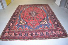 Persian carpet, Hamadan/Iran, mint condition, approx. 300 x 208 cm, with certificate of authenticity.