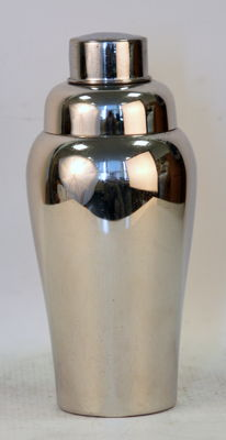 Vintage Rhodium Plated Cocktail Shaker, Circa.1950's