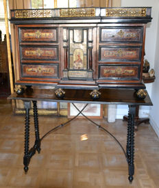 A Baroque style rosewood, ebonised, engraved bone and tortoiseshell cabinet on stand - Spain - second half 19th century