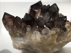 Large Smokey Quartz with perfect crystals - 14.5 x 9 x 8.5 cm - 1198 g