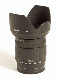 Sigma 28-200/3.5-5.6 for Sony Alpha single-lens reflex