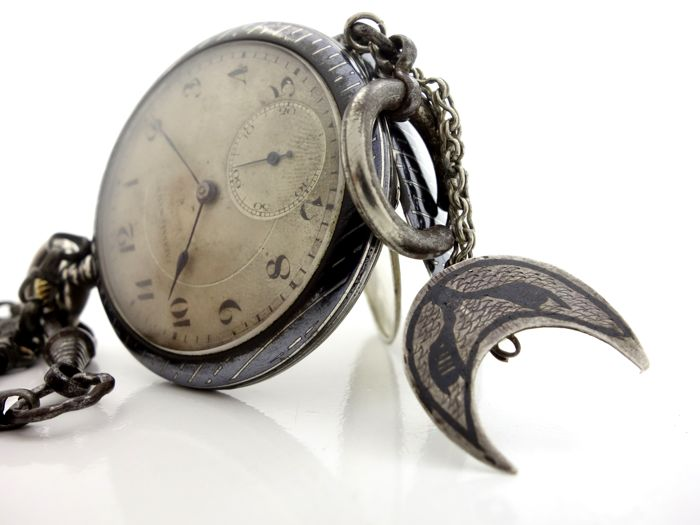 Tavannes Watch Co. - 0,800 Silver Enamel  Pocket Watch + Antique Chain - Heren - 1850-1900