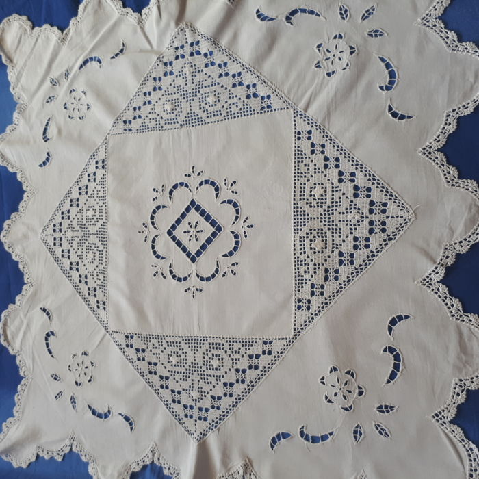 Hand embroidered crochet tablecloth - Italy