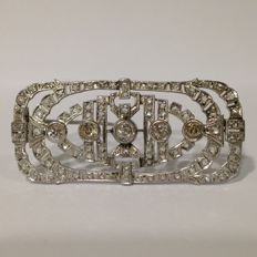 Art Deco diamond and platinum brooch, total Diamond weight  approximately 2.50 ct.
