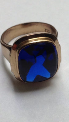 Vintage men's ring with Verneuil  sapphire