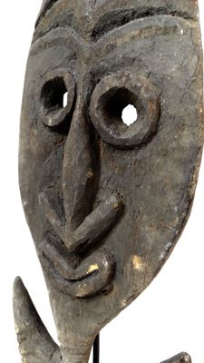 Deeply carved food hook - KWOMA - Papua New Guinea