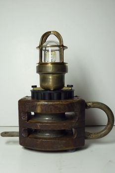 Ship pulley with two discs and copper ship's lamp - table lamp