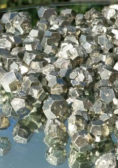 Large Lot of Pyrite dodecahedron Crystals - 5 - 18 mm - 636 gr