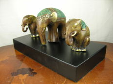 Bronze figures - three elephants on pedestal - styled after a Vienna bronze - 20th century