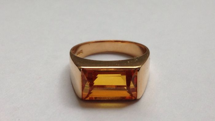 Men's ring with citrine made of solid 18 kt gold –16.9 mm