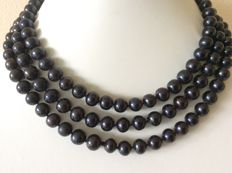 Necklace with black, baroque pearls Length: 132 cm/52 inches