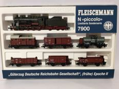 Fleischmann N - 7900 - Train set with steam locomotive Series BR56 and 6 freight cars of the DRG (1971)
