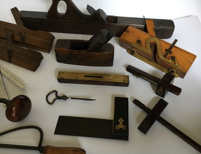 Collection of 13 tools including planers - spirit level-- small saw--caliper -square--prime, origin the Netherlands/England first half 20th century