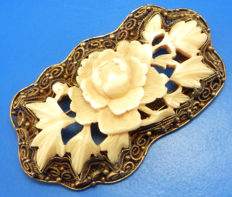 Export, Chinese Silver, filigree brooch with bone carved into a flower design