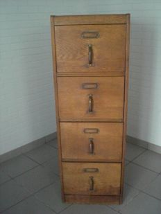 Oak filing cabinet with 4 drawers