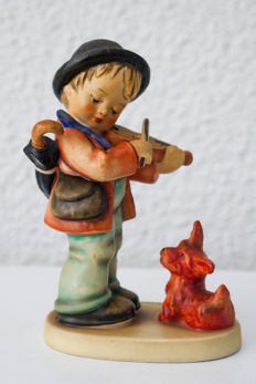 Goebel Hummel 1 - Boy with violin and a puppy