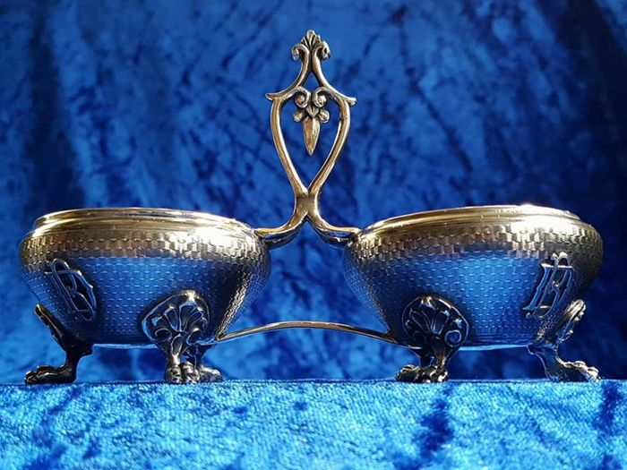 Beautiful Dubbel silver salt cellar. Boyer Callot, France midden 19th century.