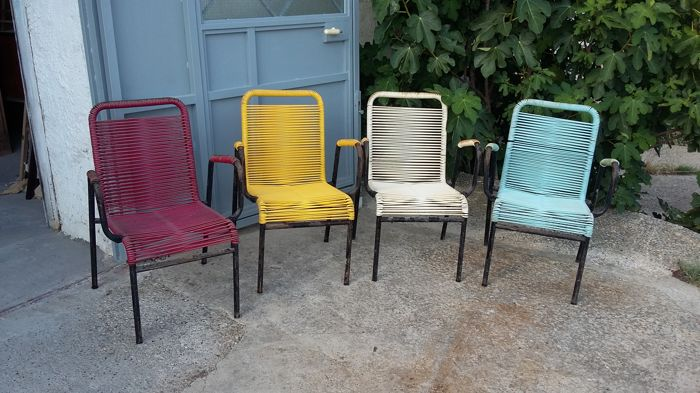 Ten iron outdoor chairs with plastic weaving - 1950s/60s