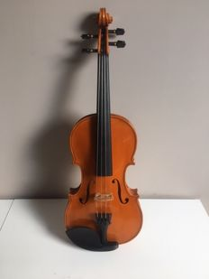 Violin 4/4 with beautiful sound