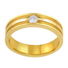 Band wedding ring in 18 kt yellow and white gold with a brilliant cut round diamond for 0.15 ct Colour: G, clarity: Si Size: 54/N