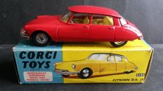 Corgi Toys - Scale 1/43 - Citroen DS 19 No.210S