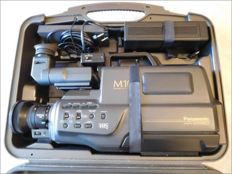 Panasonic  M 10 - Professional Classic VHS - stereo - zoom - camcorder