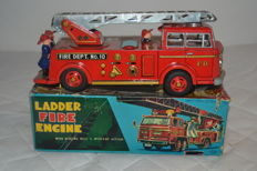 "Nomura, Japan - L. 25 cm - battery-operated ""Ladder Fire Engine"", 1960s"
