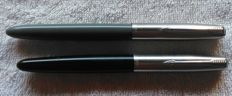 Fountain pens Parker 21 Grey - gold nib and Parker 21 Black - Vintage
