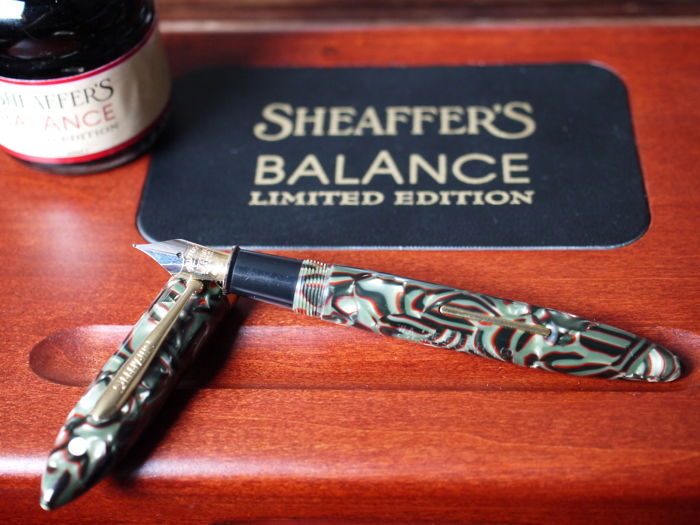Sheaffer Balance Limited Edition - includes inkwell - complete wooden box set