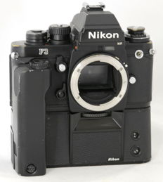 Nikon F3P (Press) + MD-4 + MF-6B + DE-5