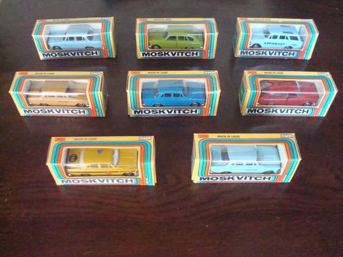 Saratov - Scale 1/43 - Lot with 8 Russian model cars: 8 x  Moskvitch