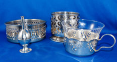 4 heavily silver plated table objects - 1930