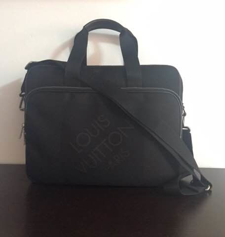 Louis Vuitton - Mens Bag
