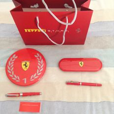 Lot of 2 official Ferrari pens + Ferrari Store bag + Ferrari keyring