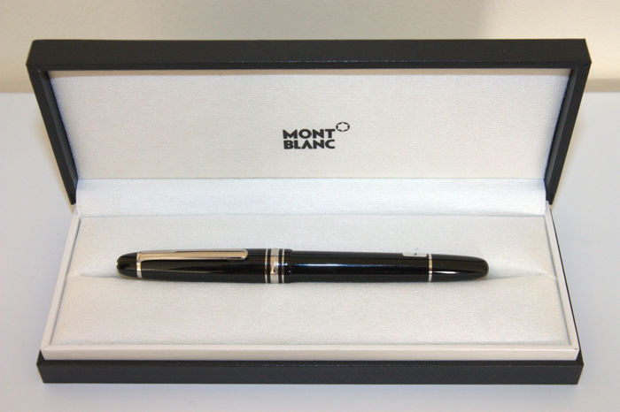 Montblanc Meisterstück Platinum-coated Classique Fountain Pen