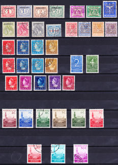 The Netherlands 1913/2004 - Official stamps incl. the law of the poor, complete - NVPH D 1 to D 60.