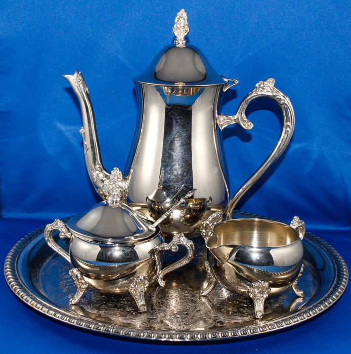 Heavily silver plated tea set - 1920