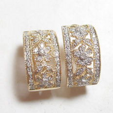 "0.50 ct gold clip earrings with diamonds ""No reserve"""