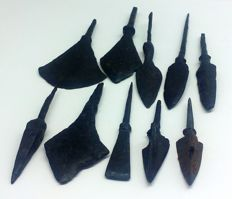 Early medieval arrowheads (10)49-100 mm
