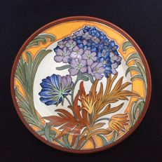 By plateelbakkerij Zuid-Holland-wall plate by j. Smit