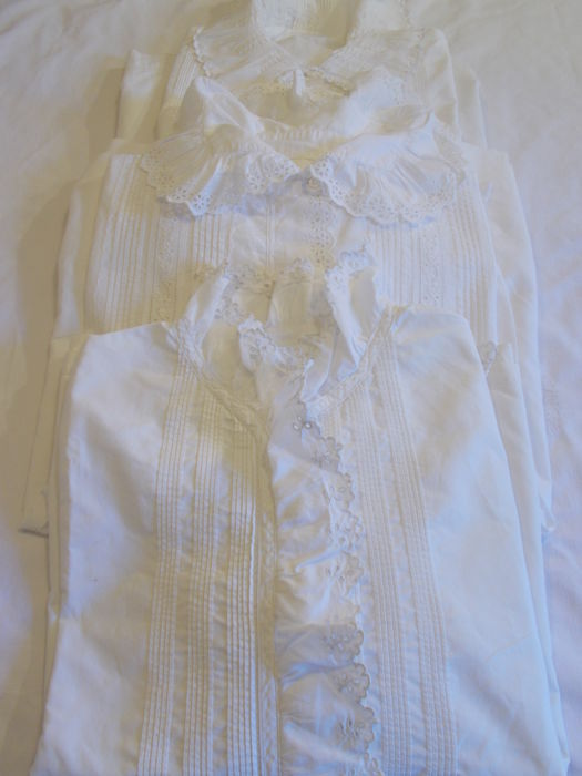 3 ancient blouses in cotton - France - circa 1900/1920