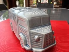 Citroen HY, Camionette, ashtray, faience, 1950s (classic car)