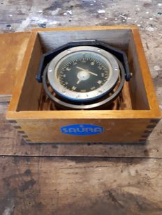 Saura DGS-75 l 5038 hunting compass PH-2 in wooden box