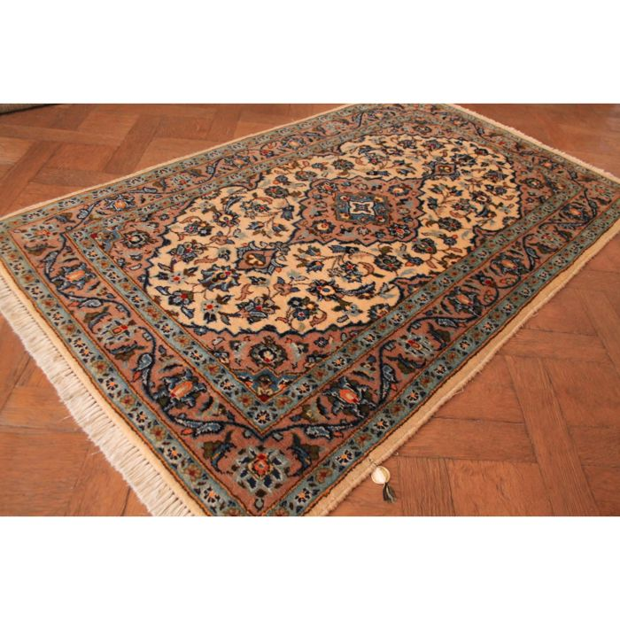 Wonderfuly beautiful fine Persian palace carpet, Kashan, best cork wool, made in Iran, 170 x 100 cm, cleaned, very good condition