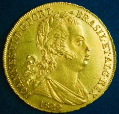 "Portugal – ½ Peça in GOLD ""Cruz Simples e 9 Frutos"" (Simple Cross and 9 Fruits) - D. João VI – 1822 – Lisbon – UNC – AG: 17.05"