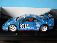Hot Wheels Elite - Scale 1/18 - Ferrari F40 Pilot #34