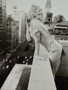 Ed Feingersh (1925-1961) - Marilyn Monroe - New York rooftop - 1955