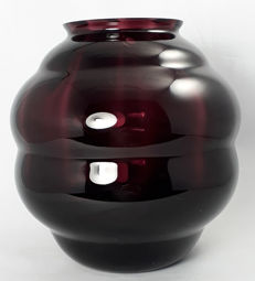 Boom (attr.) - optic blown purple glass flower vase