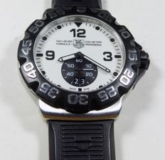 Tag Heuer Formula 1 - WAH1011 - Full Luminescent - 200M Diver - 2009 - Men's Wristwatch