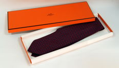 Hermés Paris Silk Mens Tie